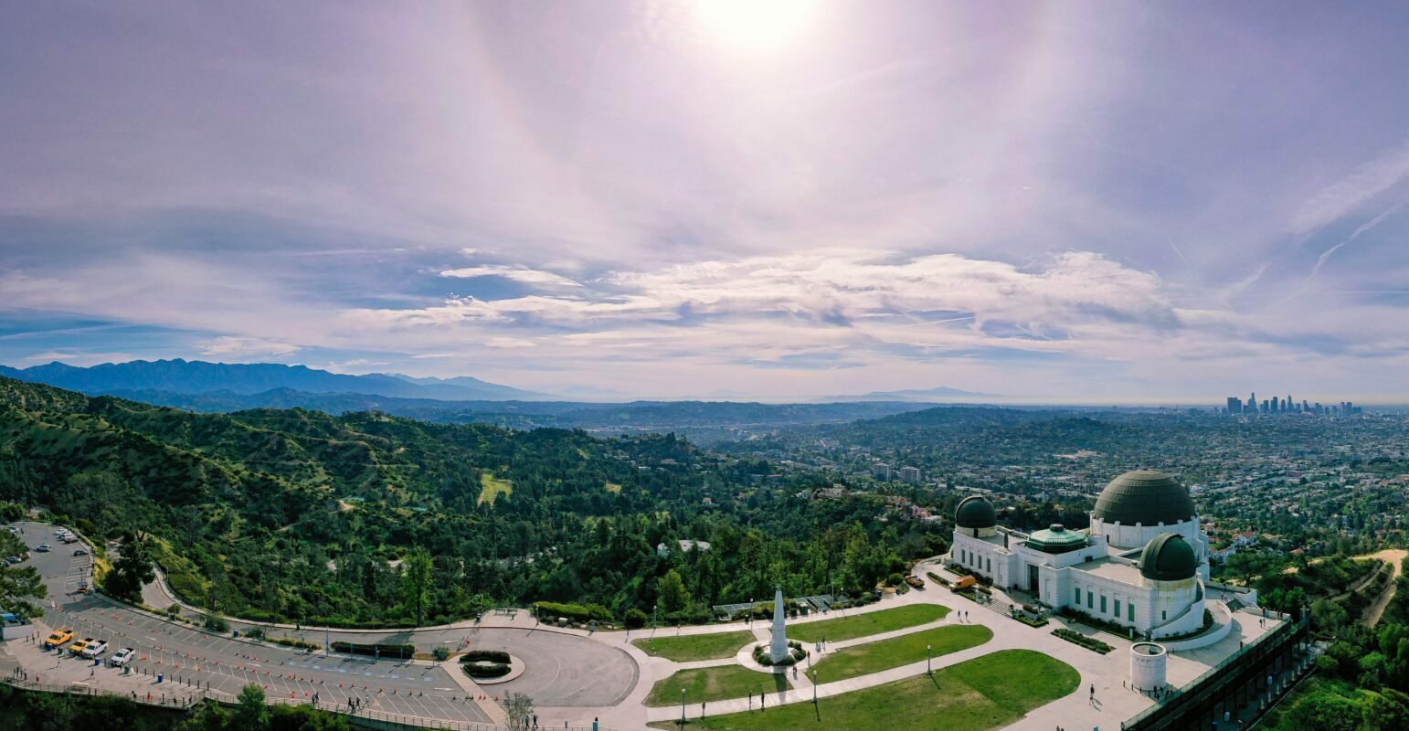 Griffith Observatory panorama. Photo by Cameron Venti (https://unsplash.com/photos/s8OpM3WDGL0)