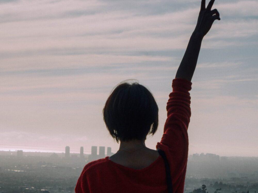 LA Skyline. Photo by De'Andre Bush (https://unsplash.com/photos/GG2m6AEnlmU)